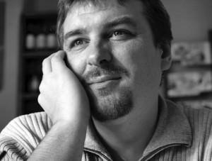 Dosar de scriitor: Lucian Dan Teodorovici (I)