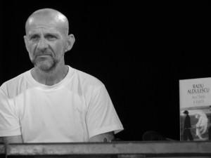 Dosar de scriitor: Radu Aldulescu (V) – Interviul