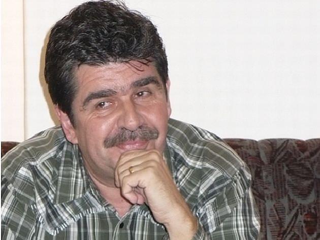 Dosar de scriitor: stop cadru cu Radu Paraschivescu  (I)