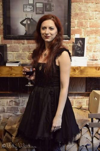 Despre poezia vie cu Eva Precub