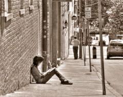 Girl-Reading-on-Fourth-Street-DSC_0121-HDR-450