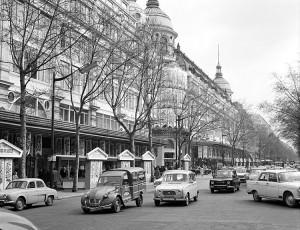 PARIS-boulevard-haussman-annee-1960