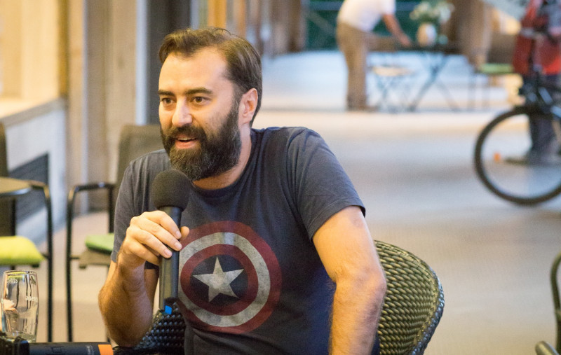 """""""Câteodată visez că șofez"""" – Interviu cu Bogdan-Alexandru Stănescu"""