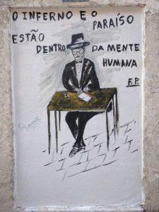 Pessoa_on_street